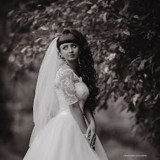 Wedding photographer Ekaterina Petukhova (EkaterinaP52). Photo of 11.02.2017