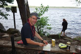 Photo: Svend snitter masser af løg (til Ole)