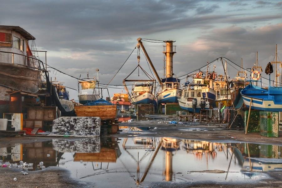 by Orit Shlomov - Transportation Boats