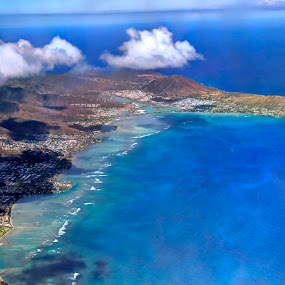 Honolulu from the sky! by Jignashu Parikh - Landscapes Waterscapes