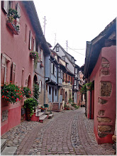 Photo: Eguisheim. Alsacia ( Francia) http://www.viajesenfamilia.it/Alsacia.htm