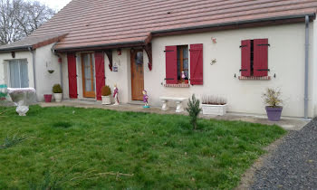 maison à Marçais (18)