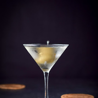 Perfect Dirty Vodka Martini Cocktail Revisited