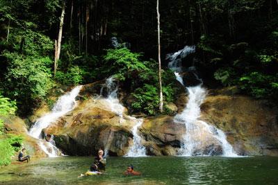 Waterfall 24.jpg