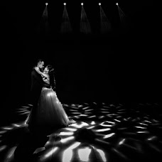 Wedding photographer Casian Podarelu (casian). Photo of 22.12.2018