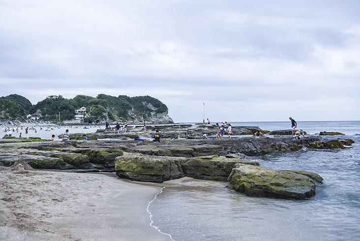 守谷海水浴場 岩場