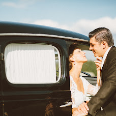 Wedding photographer Artur Asekov (arturiobro). Photo of 18.09.2014