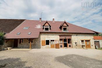 maison à Tourmont (39)