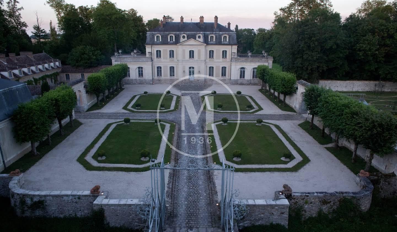 Château Vaux-le-Pénil