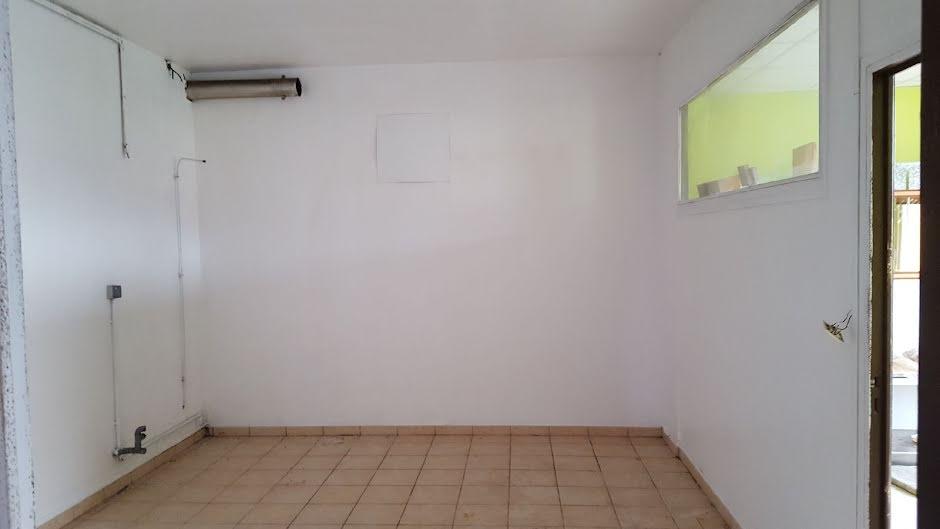 Vente maison 4 pièces 175 m² à Laon (02000), 112 000 €