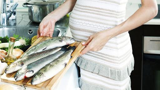 Bà bầu ăn hải sản như thế nào để tốt nhất cho thai nhi