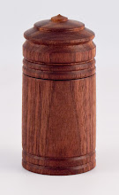 "Photo: Gary Nickerson - 2"" x 4"" suction lid box [walnut]"