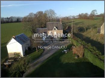 maison à Sourdeval (50)