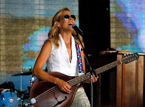 Photo: Sheryl Crow performs before Rascal Flatts takes the stage at the Gexa Energy Pavilion in Dallas on Saturday, July 12, 2014.  (Stewart F. House/Special Contributor)