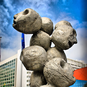 FAces by Michael Michael - Buildings & Architecture Statues & Monuments ( statue, faces, monument )