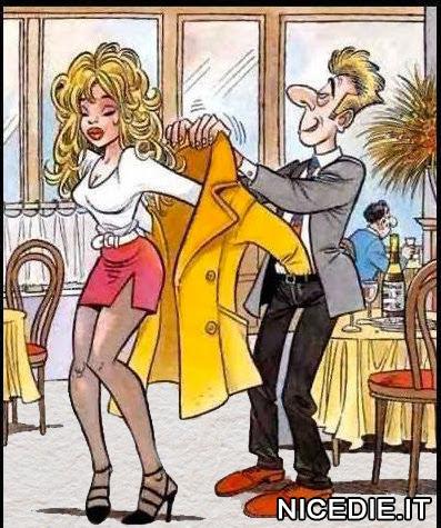 un uomo aiuta a mettere il cappotto ad una bellissima donna, ma si è infilato la manica nei pantaloni