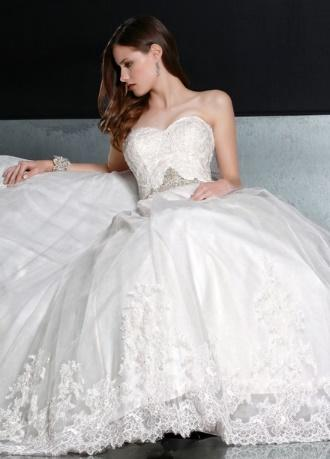 https://davincibridal.com/uploads/products/wedding_gown/50193AL.jpg