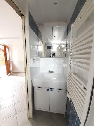 Location appartement 2 pièces 29,83 m2