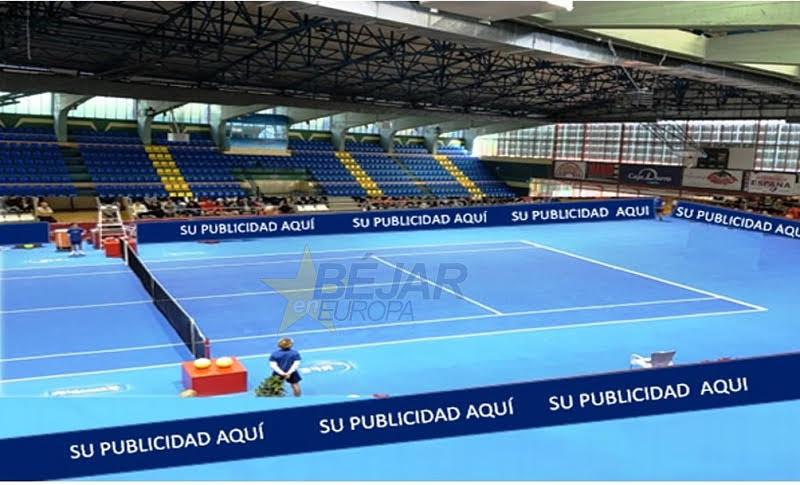 Fotografía de la pista de tenis en el pabellón municipal Antonio Sánchez De La Calle