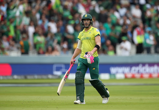 South Africa name three uncapped players for test tour of India