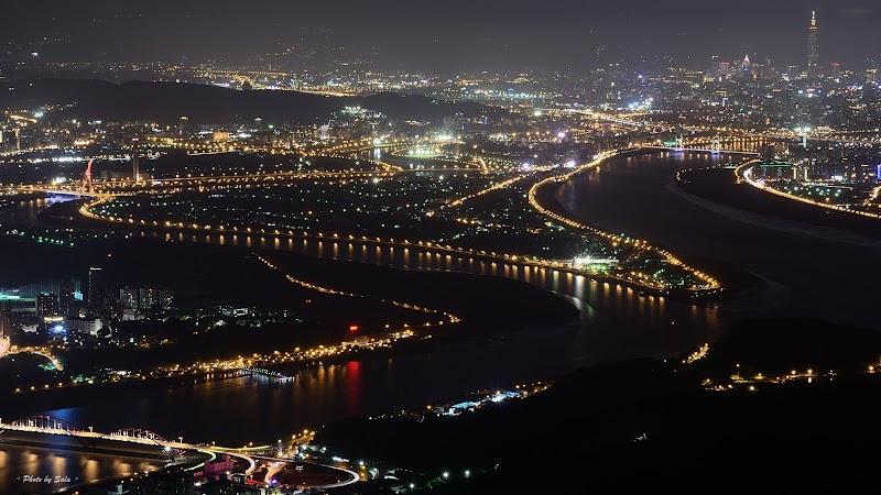 新北 硬漢嶺 八里 夜景 攝