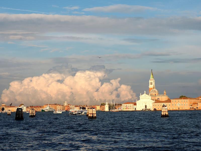 Il bacino di San Marco verso est (Canaletto)  Boston, museum of  Fine Arts di renzo brazzolotto