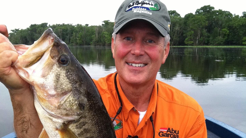 Watch Bob Redfern's Outdoor Magazine live