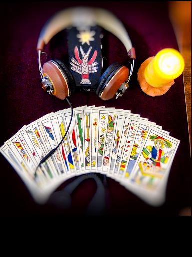 tirage du tarot par téléphone, Tarologue Avignon, voyancelecture de cartes Avignon, magie