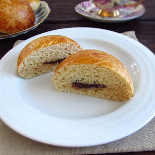 Milk Bread Filled with Chocolate Recipe