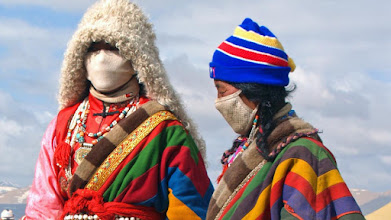Photo: Pilgrims from western Tibet at Saga Dawa, Kailash