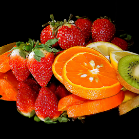 citrus with strawberry by LADOCKi Elvira - Food & Drink Fruits & Vegetables ( citrus )