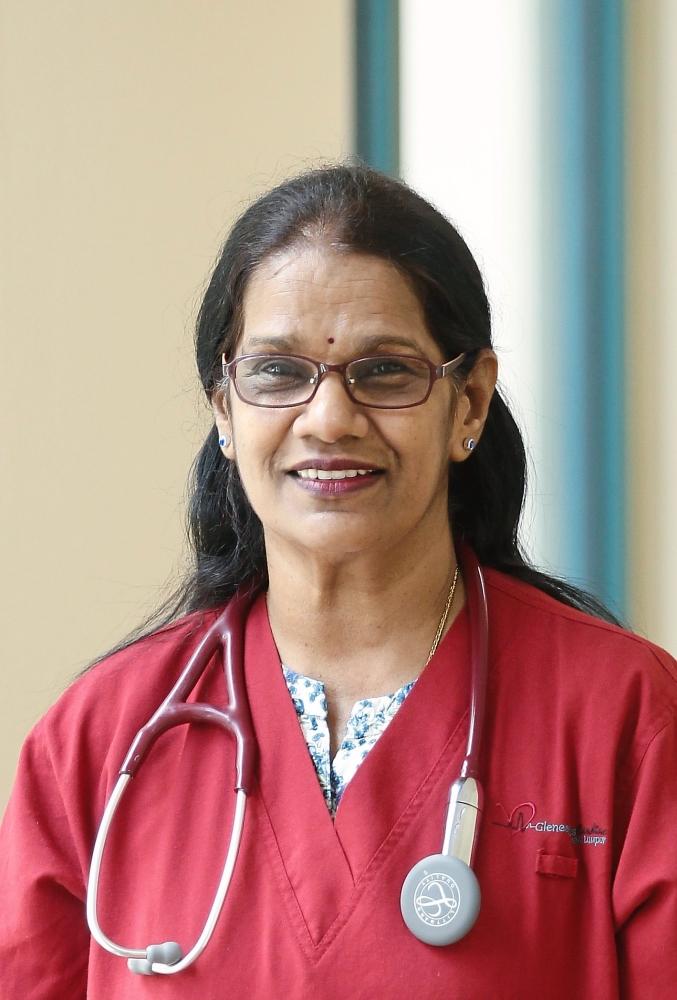 Coronary heart disease, women and heart disease, female heart symptoms, preventing heart disease, Dr Dewi Ramasamy, Star2.com