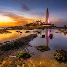 St Marys Lighthouse by Raymond Bilcliff - Landscapes Waterscapes ( st marys lighthouse, dawn, sunset, lighthouse, sunrise, seascape )