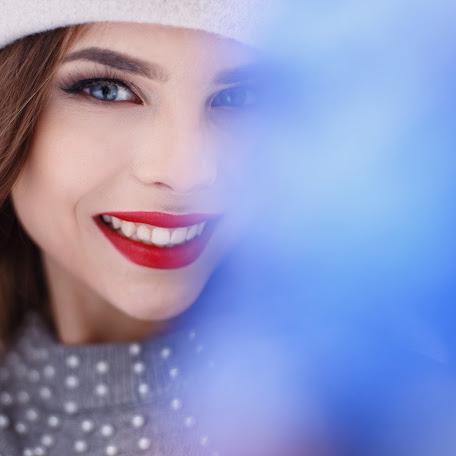 Wedding photographer Valentina Likina (myuspeh2011). Photo of 20.01.2018