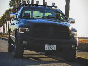 ラム トラック  SLT V8HEMIのカスタム事例画像 吉田重工業さんの2021年01月09日15:51の投稿