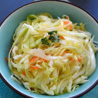 Greek White Cabbage Salad (Lakhanosalata)