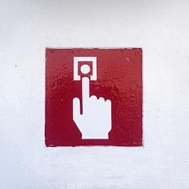 by Estislav Ploshtakov - Artistic Objects Signs