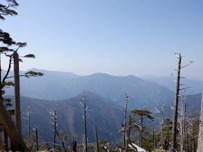 左からバラ谷頭・前黒法師山・麻布山など