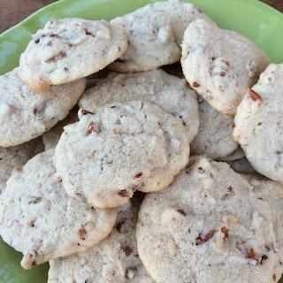 Bourbon Pecan Cookies (10 Ingredients)