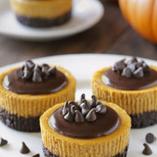 Mini Pumpkin Cheesecakes (grain-free, gluten-free, whole grain options)