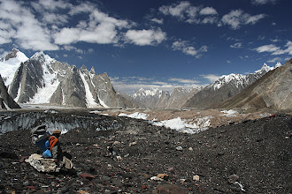 Photo: Looking back down the Baltoro on the final approach to Concordia.