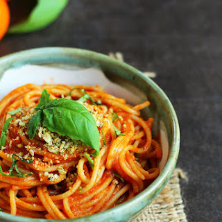 Simple Roasted Tomato Pasta and Garlic Toast