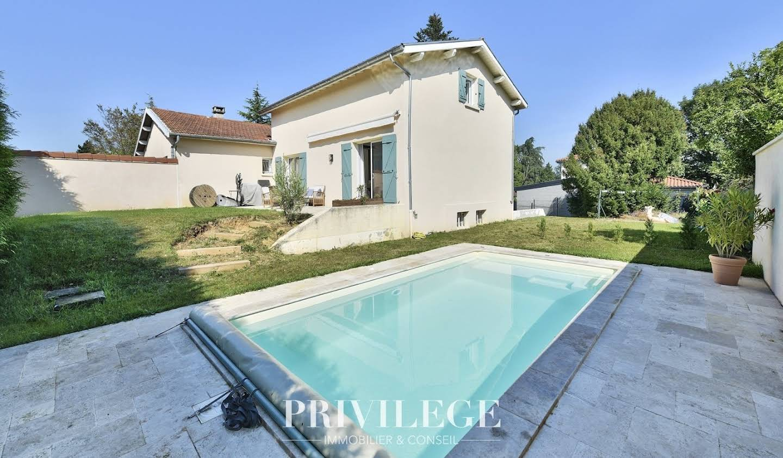 Maison avec piscine et terrasse Dardilly