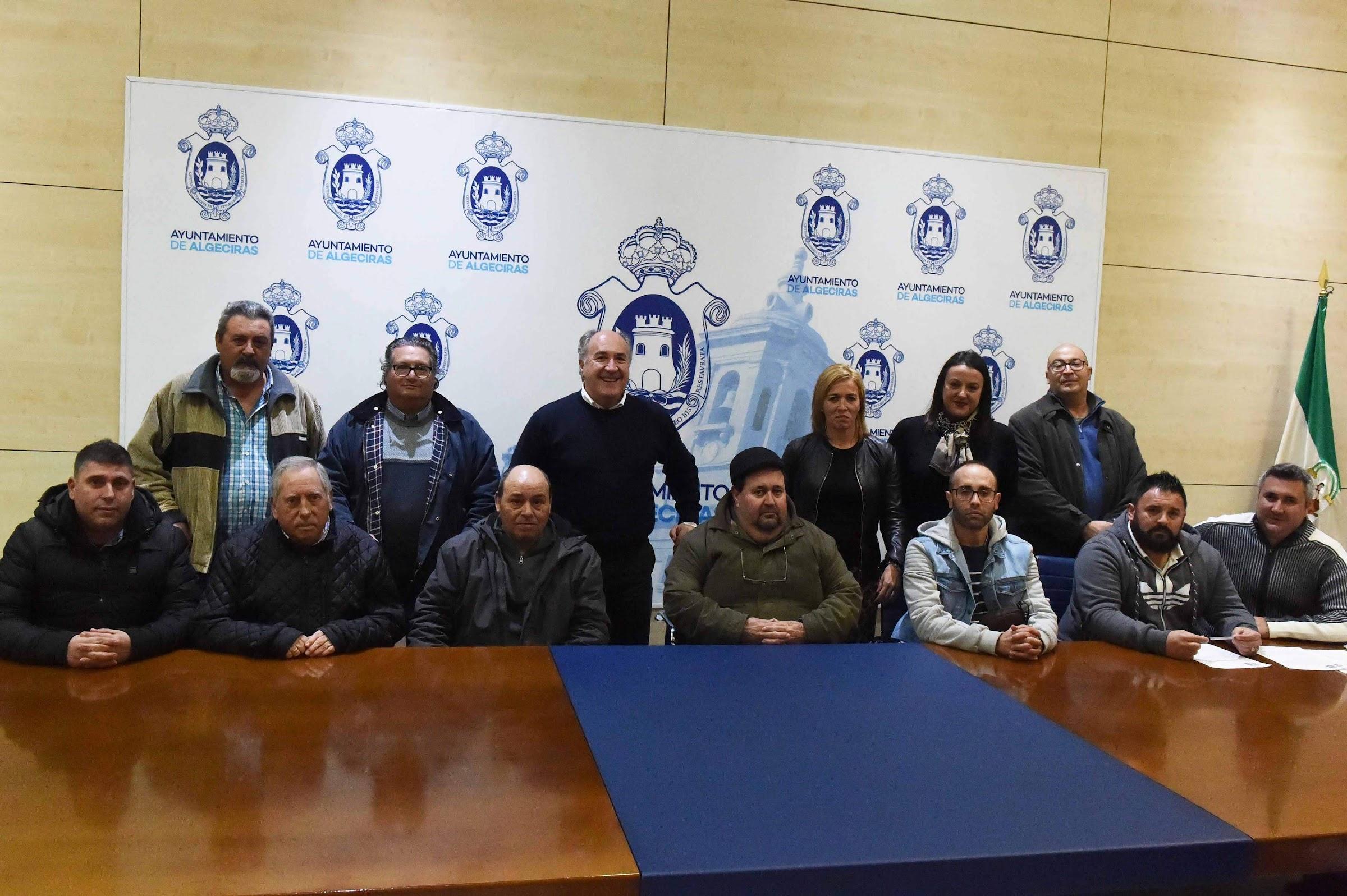 Landaluce mediará con la APBA para mejorar los espacios autorizados para pescar