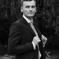 Wedding photographer Milena Dukhnenko (milenawed31kmv). Photo of 19.04.2017