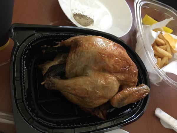 A套餐 499   現在用勾麻吉買才380 很超值 雞很好吃可是雞胸不算嫩 可樂比較淡 薯條一般般  整體用團購價格不貴算很划算了