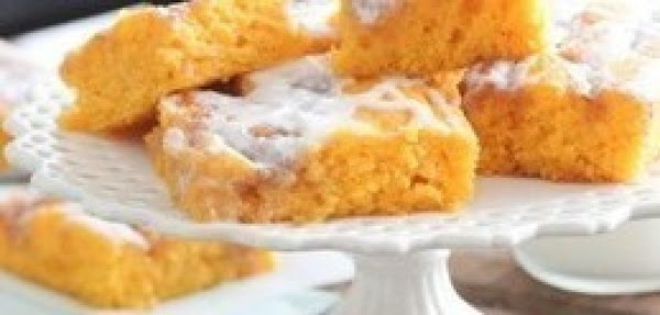 Cinnamon Roll Pumpkin Vanilla Sheet Cake Recipe