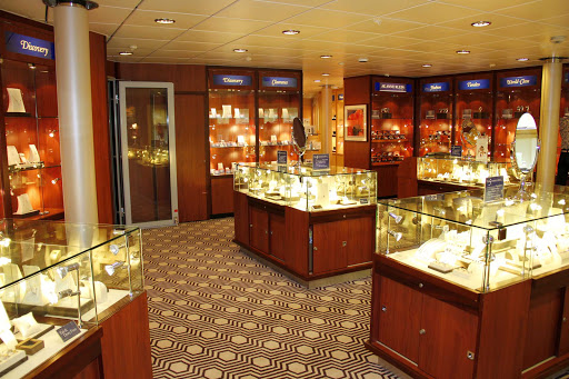 Prinsendam's shops offer a wide array of upscale merchandise.