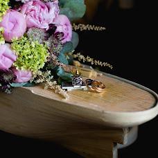 Wedding photographer Nastasya Anisimova (ANISIMOVA). Photo of 19.10.2016
