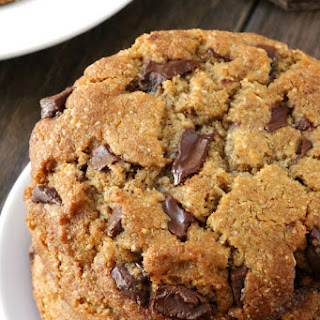 Perfect Paleo Chocolate Chip Cookies (grain-free, gluten-free, dairy-free)